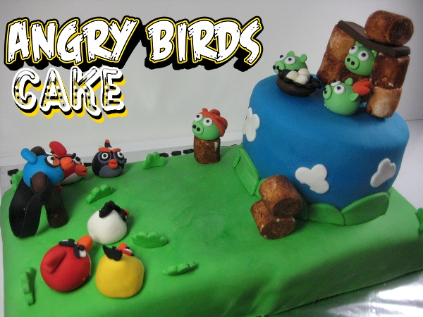 angry-birds-characters--Happy-birthday-decorated-cake