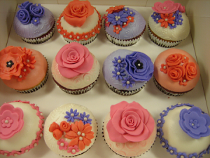 flower-happy-birthday-custom-cupcake-delivery-order