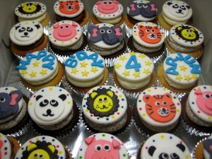 animal-face-happy-birthday-custom-cupcake-delivery-order