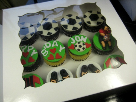 happy-birthday-customized-football-cupcake-order