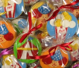 circus-themed-cookies