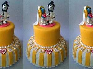 smurfette-wedding-themed-cake